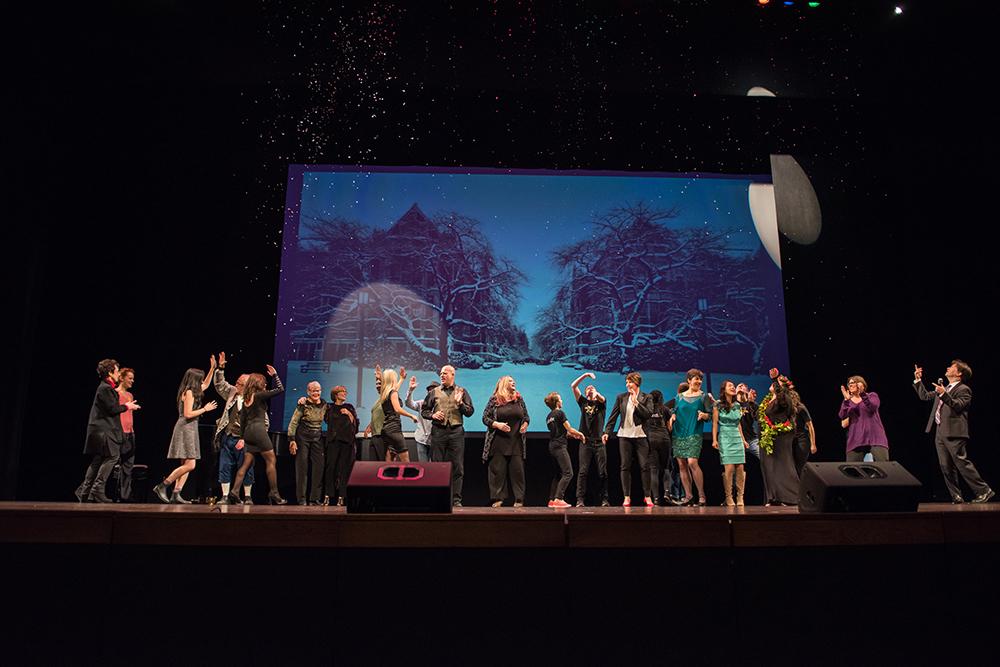 16photoset_ovations-curtain