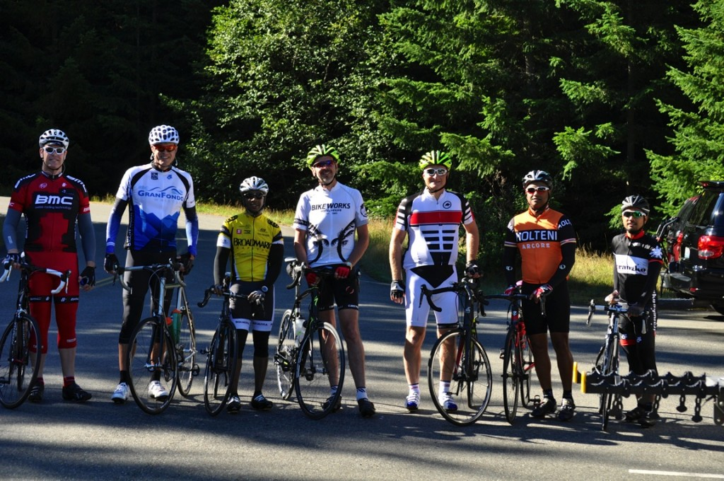 UW Medicine Cycling Club ride to Paradise on Mount Rainier 2013. Chris and I are 3rd and 4th from the left.