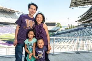 UW Family Photo Day - Husky Stadium - 08-24-14 |