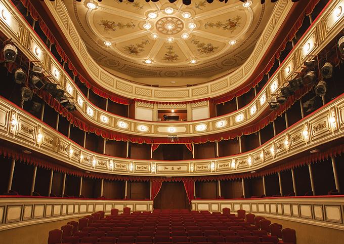 Opera House-680px