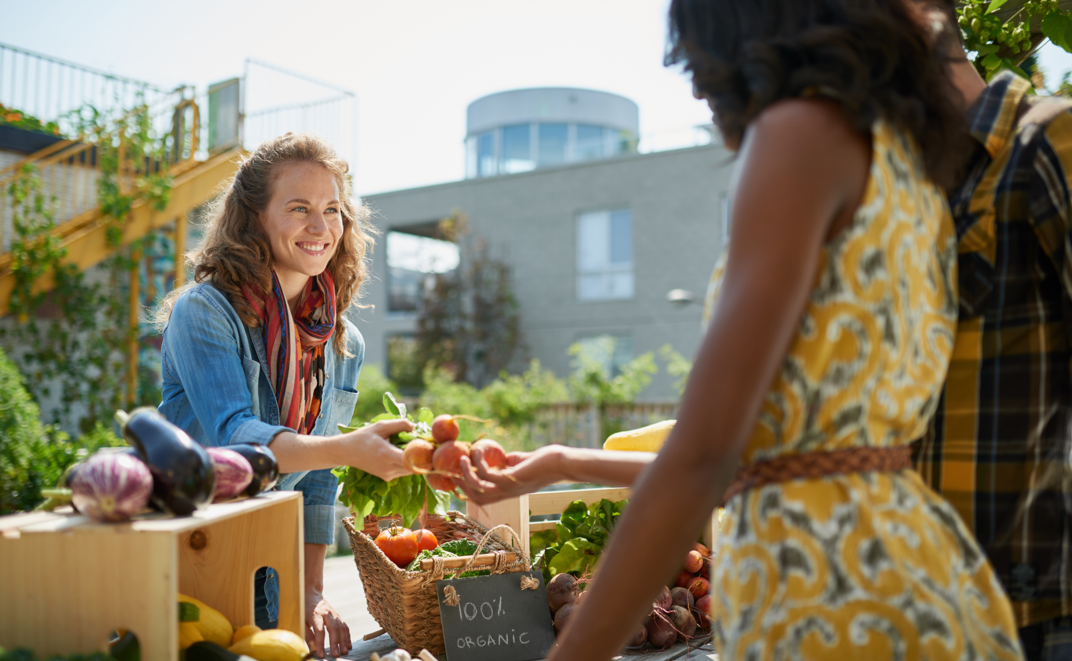 the benefits of eating local goods